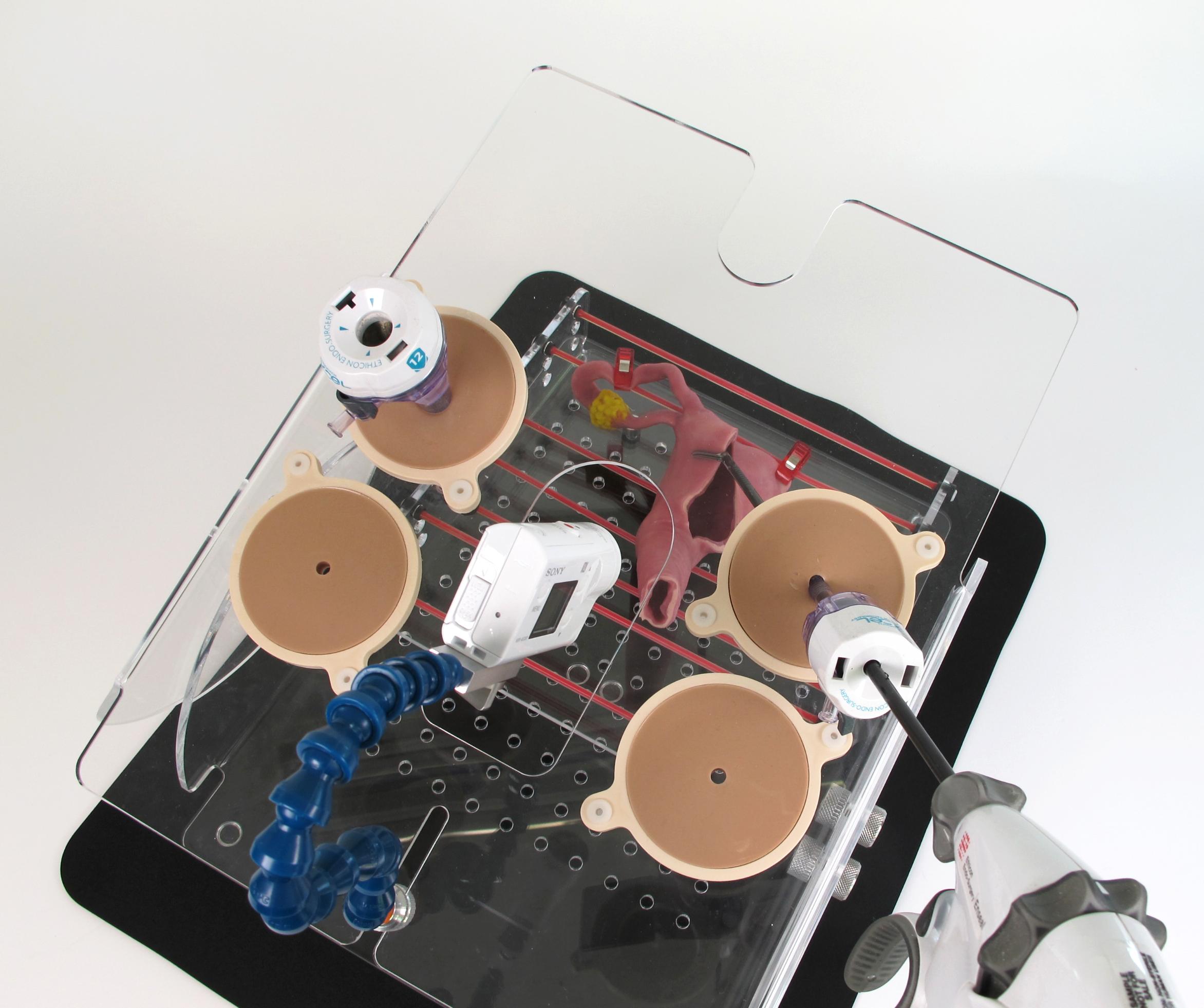 Portable Laparoscopic Trainer06